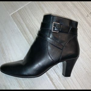 Lifestride Black Buckle Detail Booties